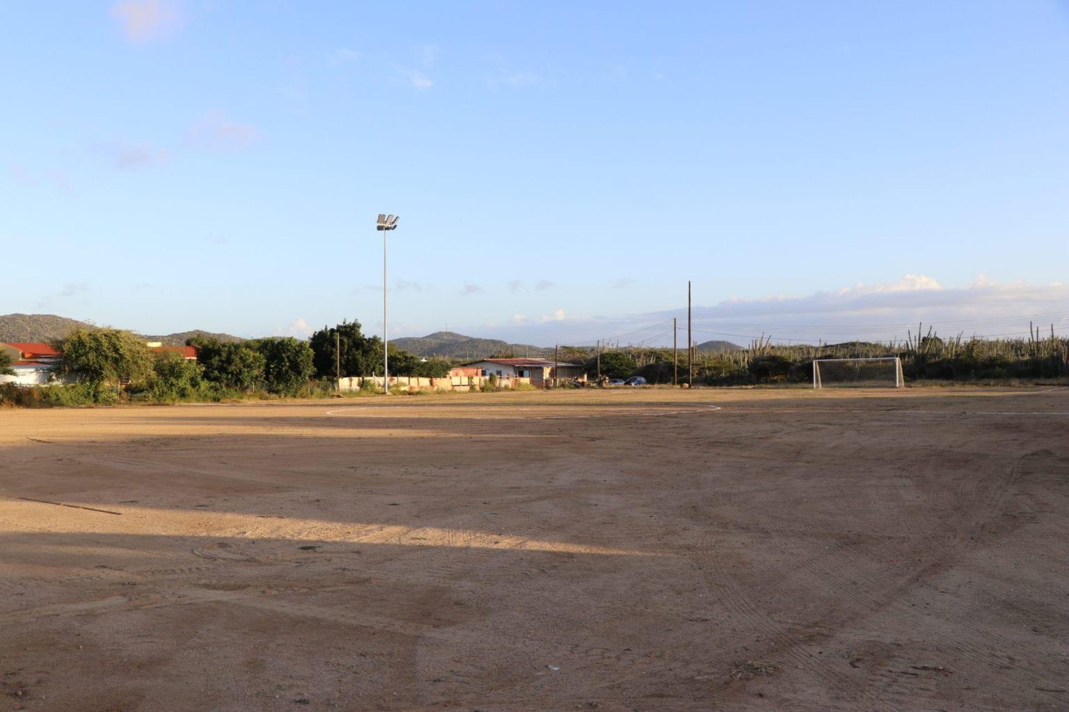 Luznan a cende riba veld di Caravel