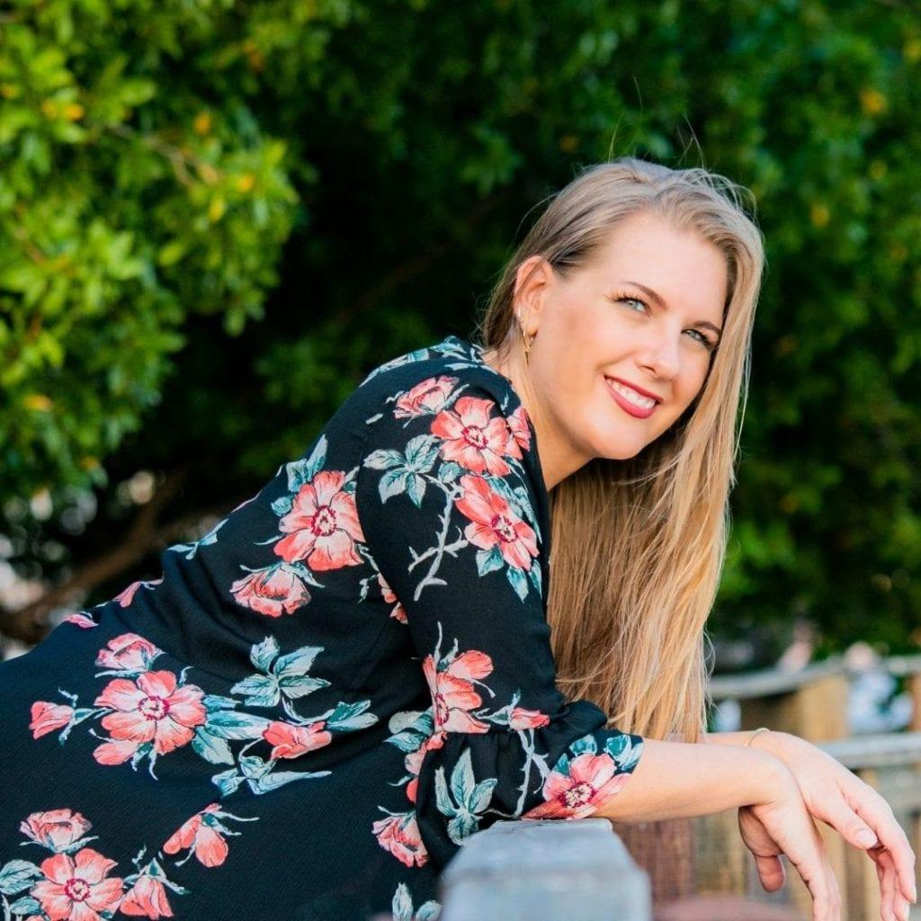 Virginia Rasmijn ta un coach profesional y ta comparti servicio mundialmente