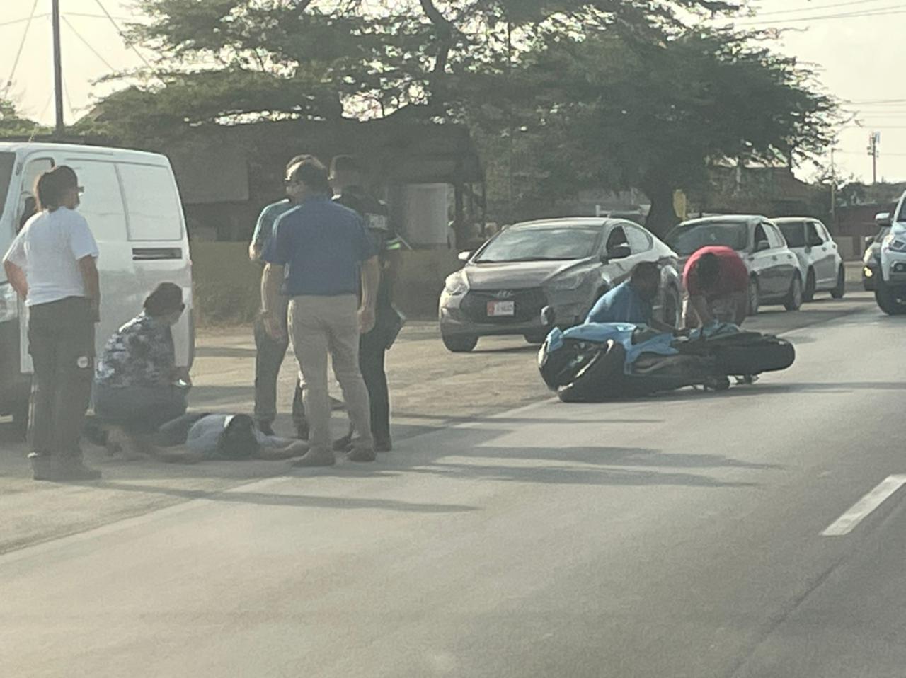 Accidente cu motociclista herida na Savaneta