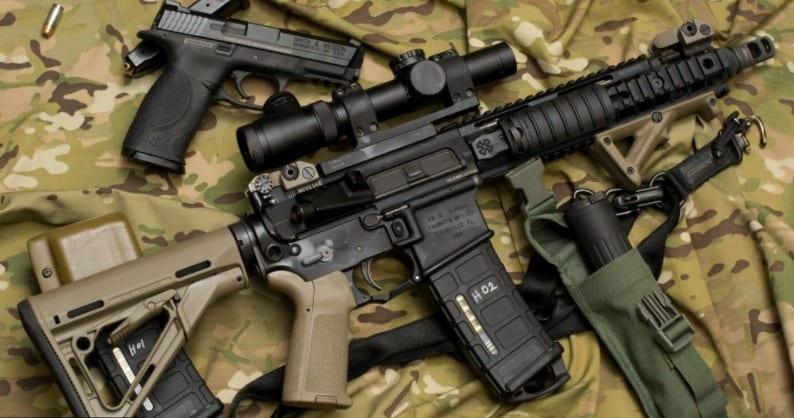 Cuater arma di airsoft confisca: Un persona deteni