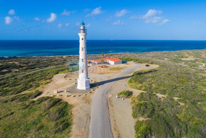 California Lighthouse ta habri bek pa publico