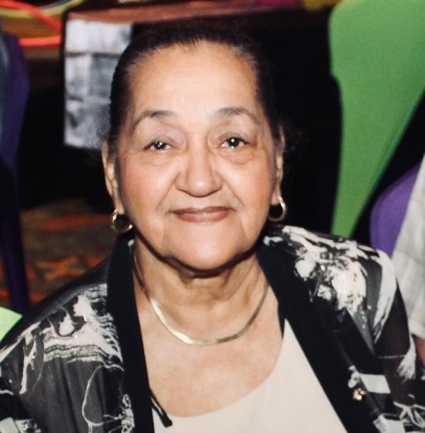 Sra. Maria Gonzalez-Jansen