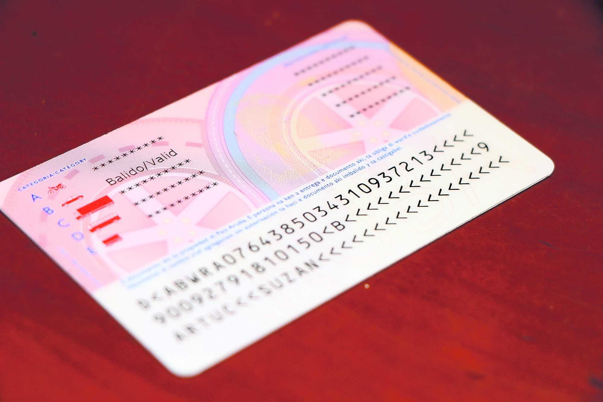 Prome Minister Evelyn Wever Croes: Unico rijbewijs cu ta keda acepta pa vota cu ne ta rijbewijs traha na Censo Aruba