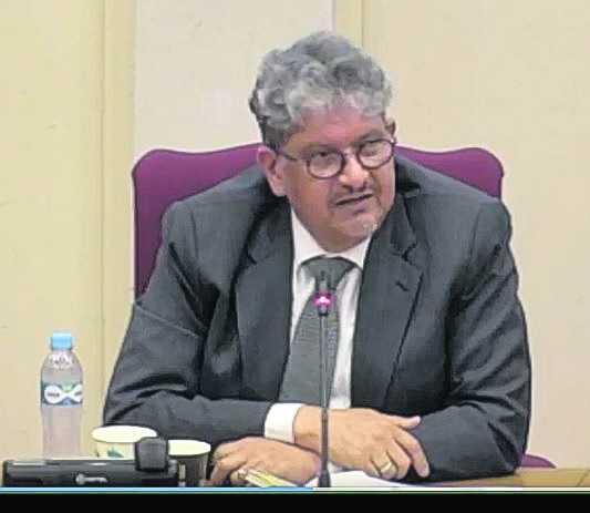 Presidente di Conseho Electoral ta compromete cu integridad di eleccion; Dr. Glenn Thode no ta kere cu ley ta stroba introduccion di sosten electronico