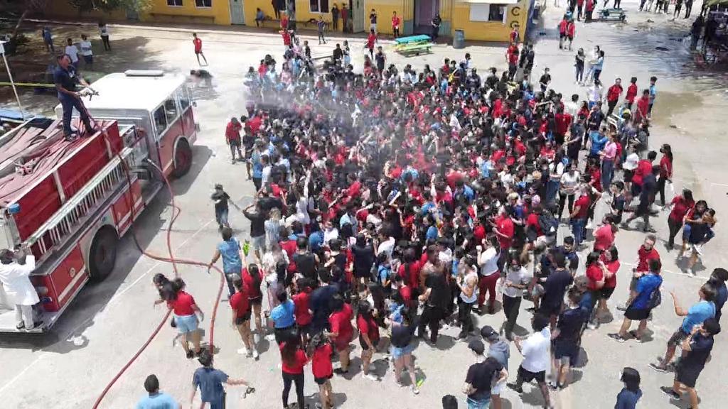 Colegio Arubano ta clausura aña escolar na un forma espectacular