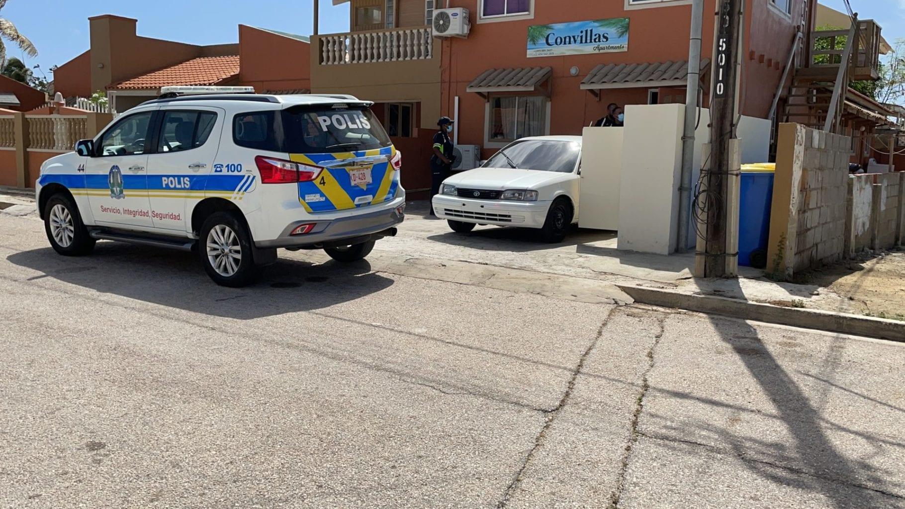 Polis a rescata mucha su so den cas
