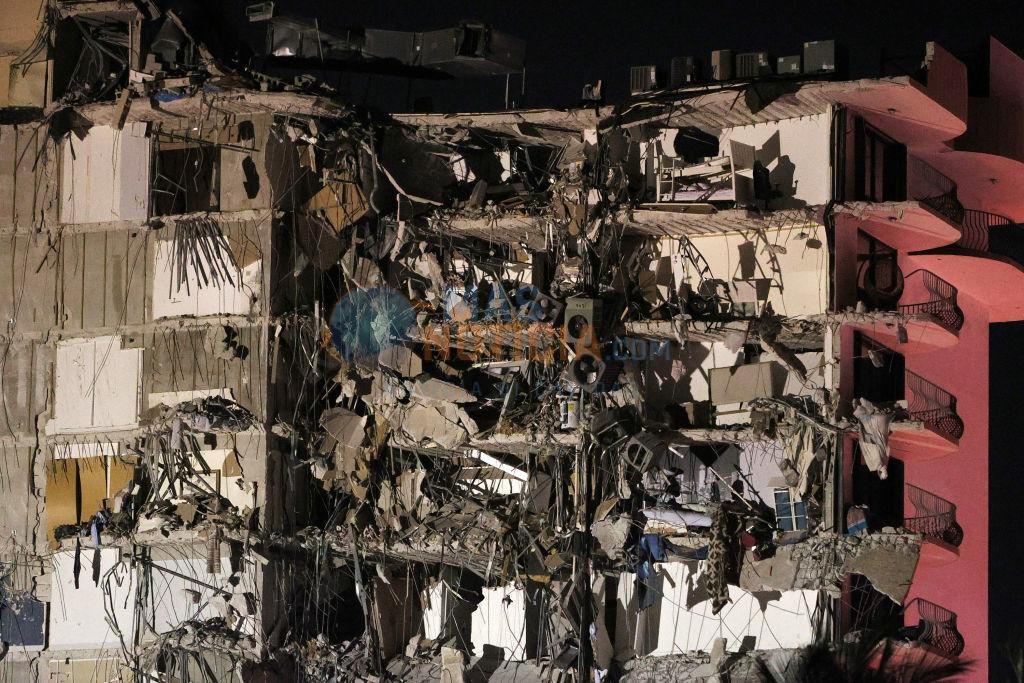 Edificio di 12 piso a collapse parcialmente na Miami