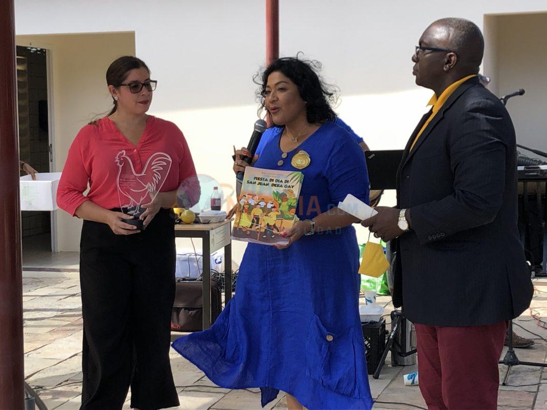 Encuentro ameno di fiesta di San Juan di Departamento di Cultura na John f. Kennedy Educacion Center