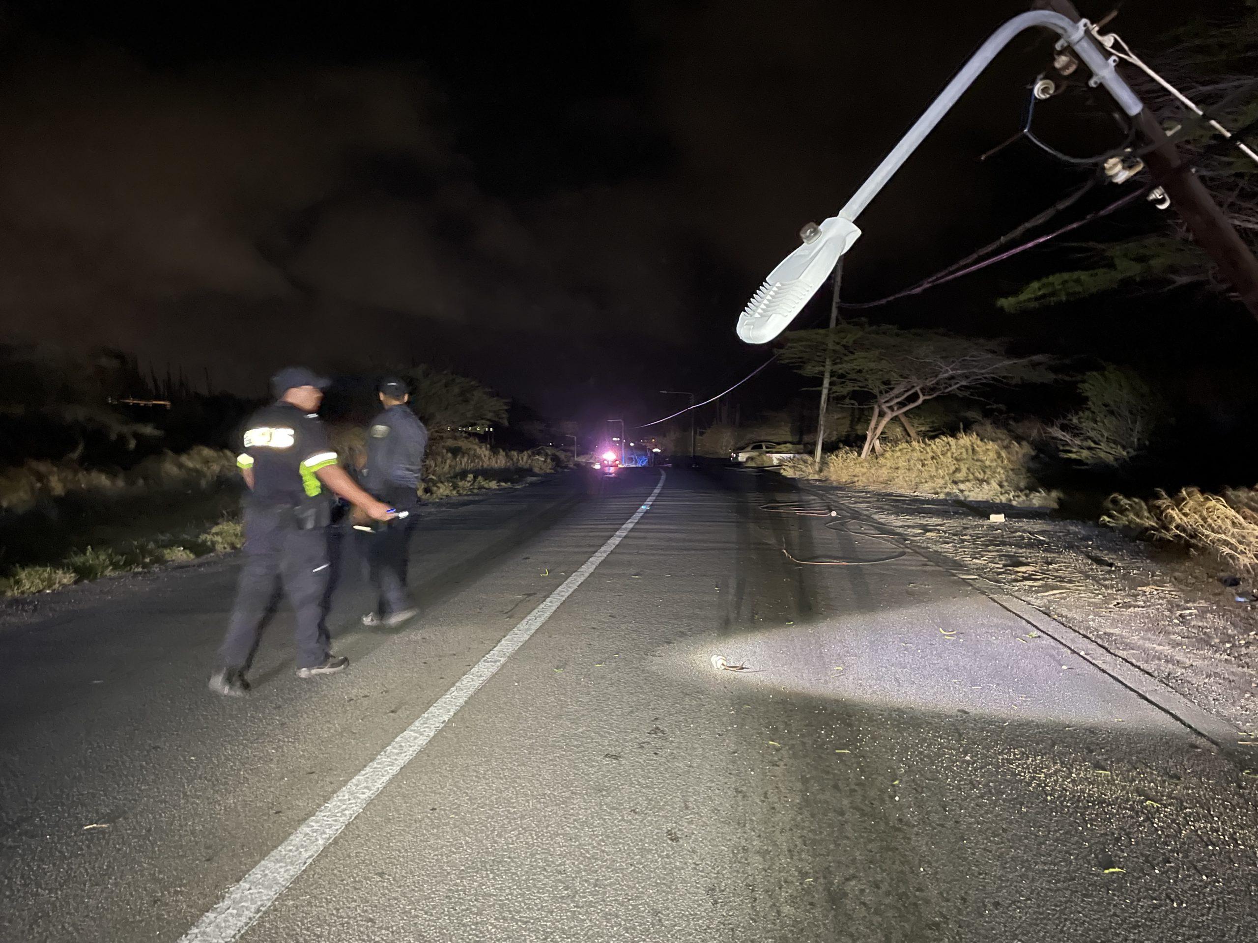 Chauffeur a bandona sitio despues di accidenta