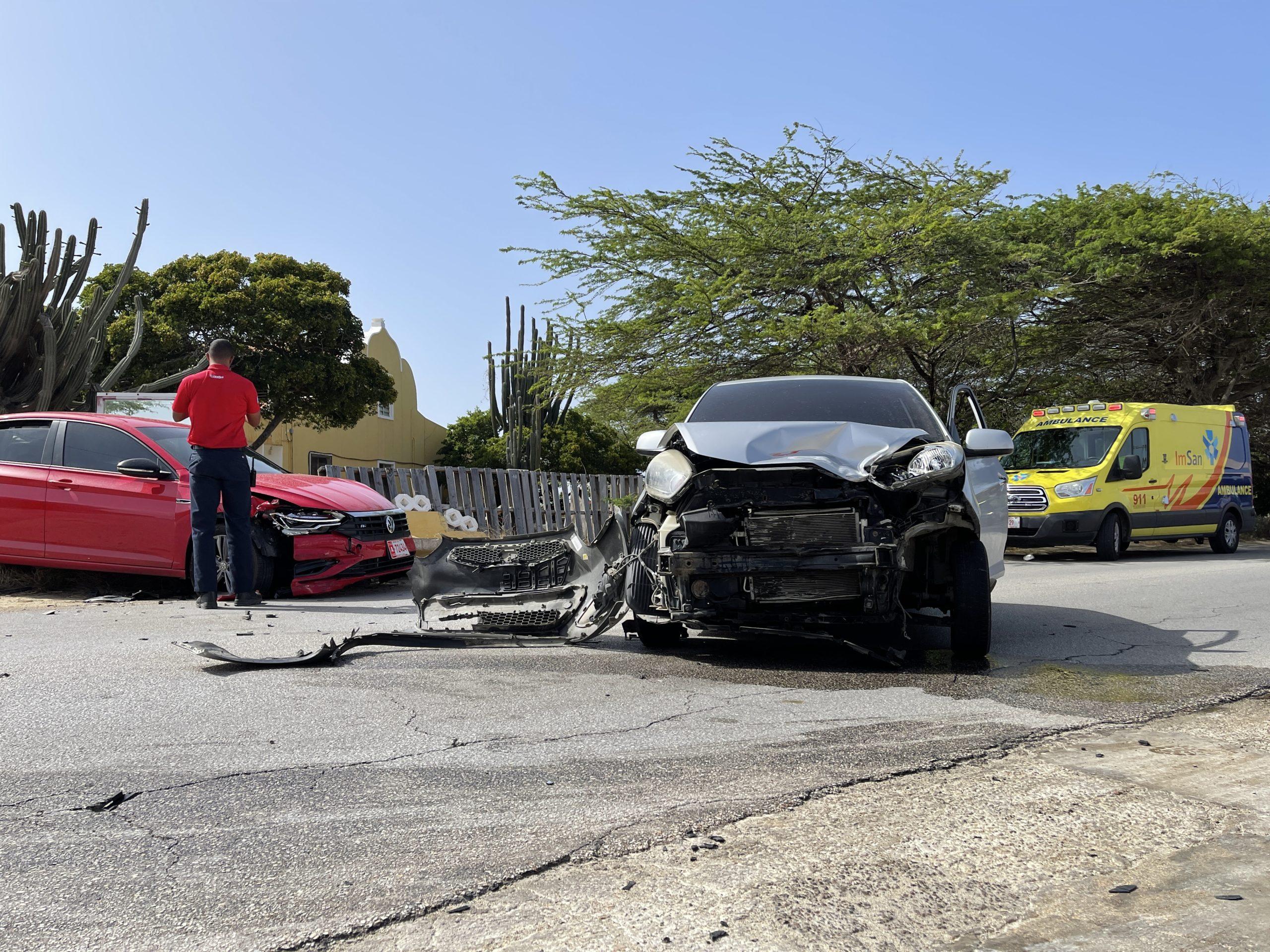 Hende herida den accidente di auto na Washington