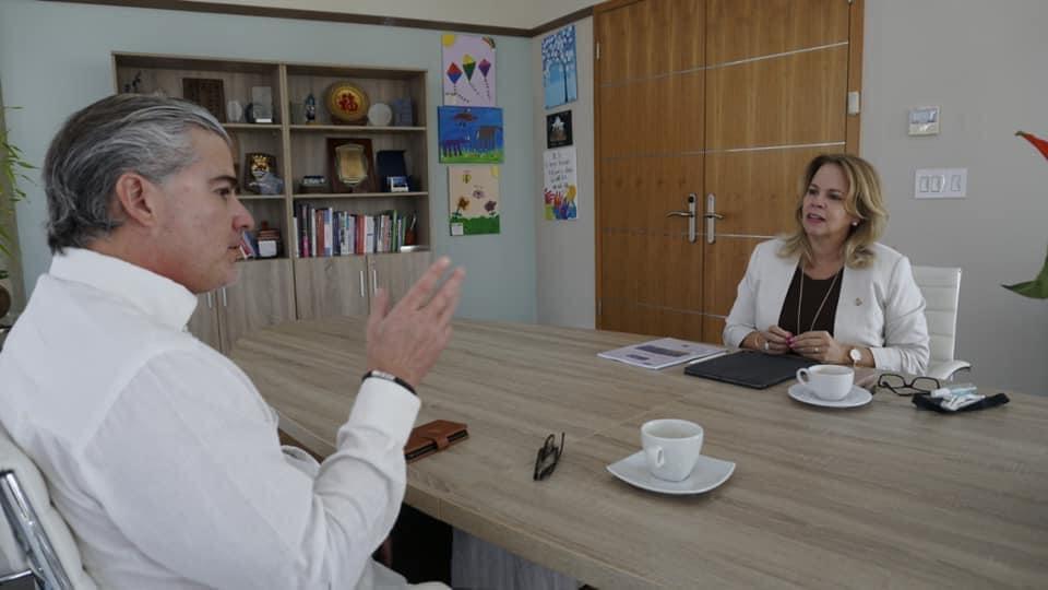 Lider di MEP: Mi mes a pidi Eddy Paris pa keda Hulanda den campaña