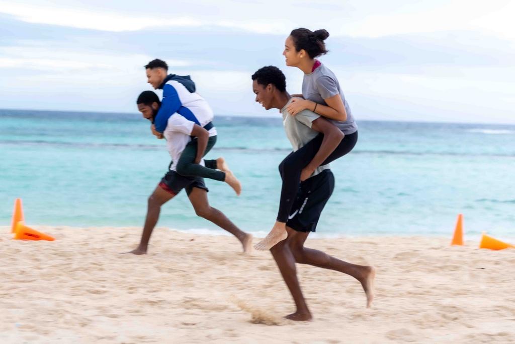 Brazil Taekwondo Stichting a train na Baby Beach