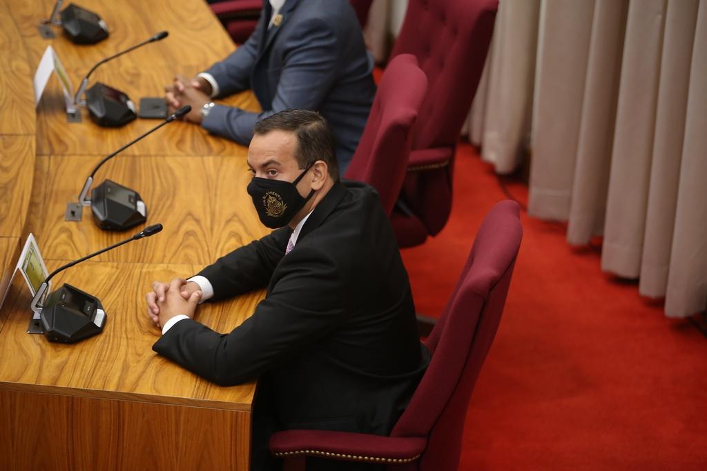 """Geoffrey Wever (RAIZ): """"Como controlado di gobierno responsabilidad ta hopi grandi"""""""