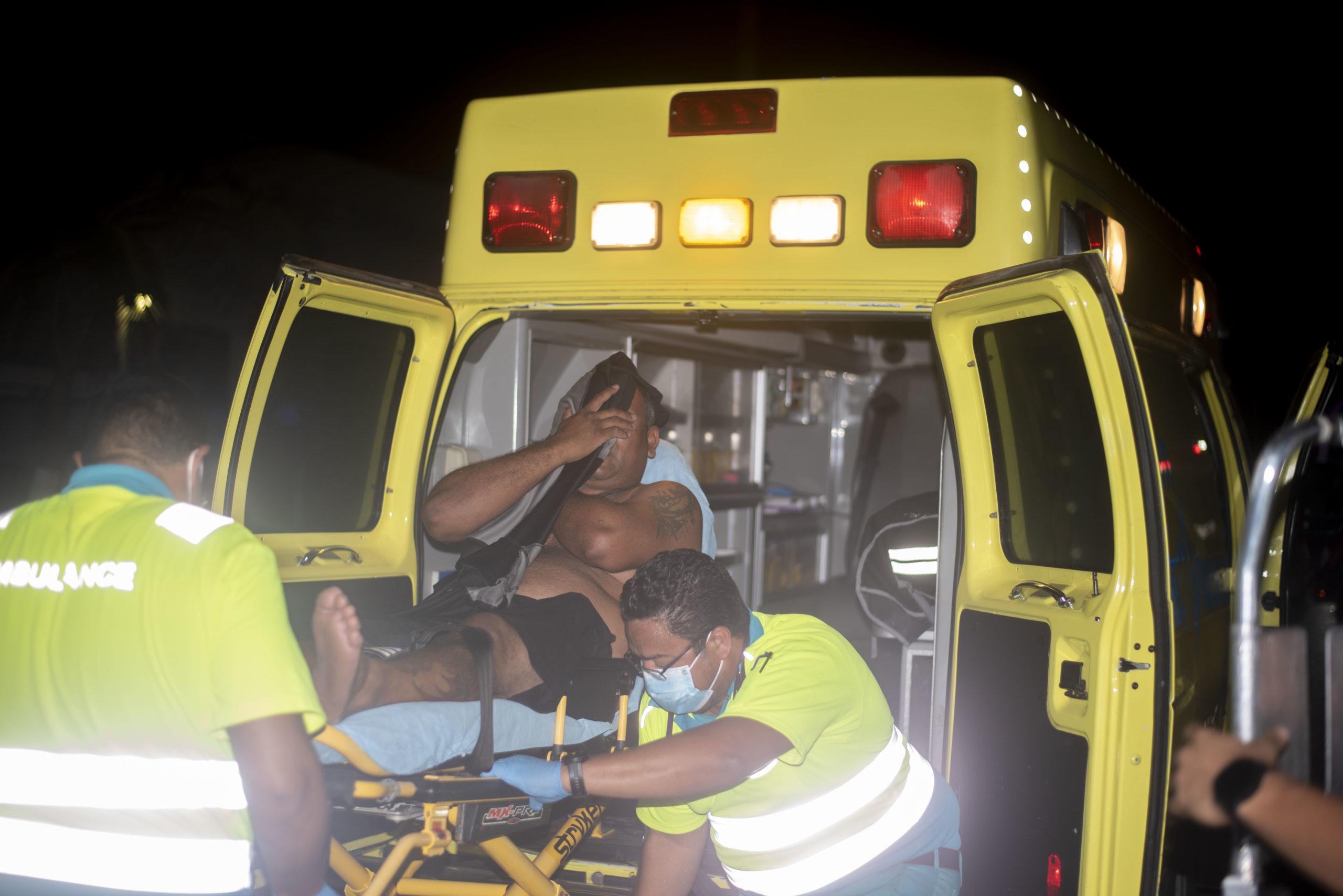 Ambulance a scapa chauffeur di bay cera