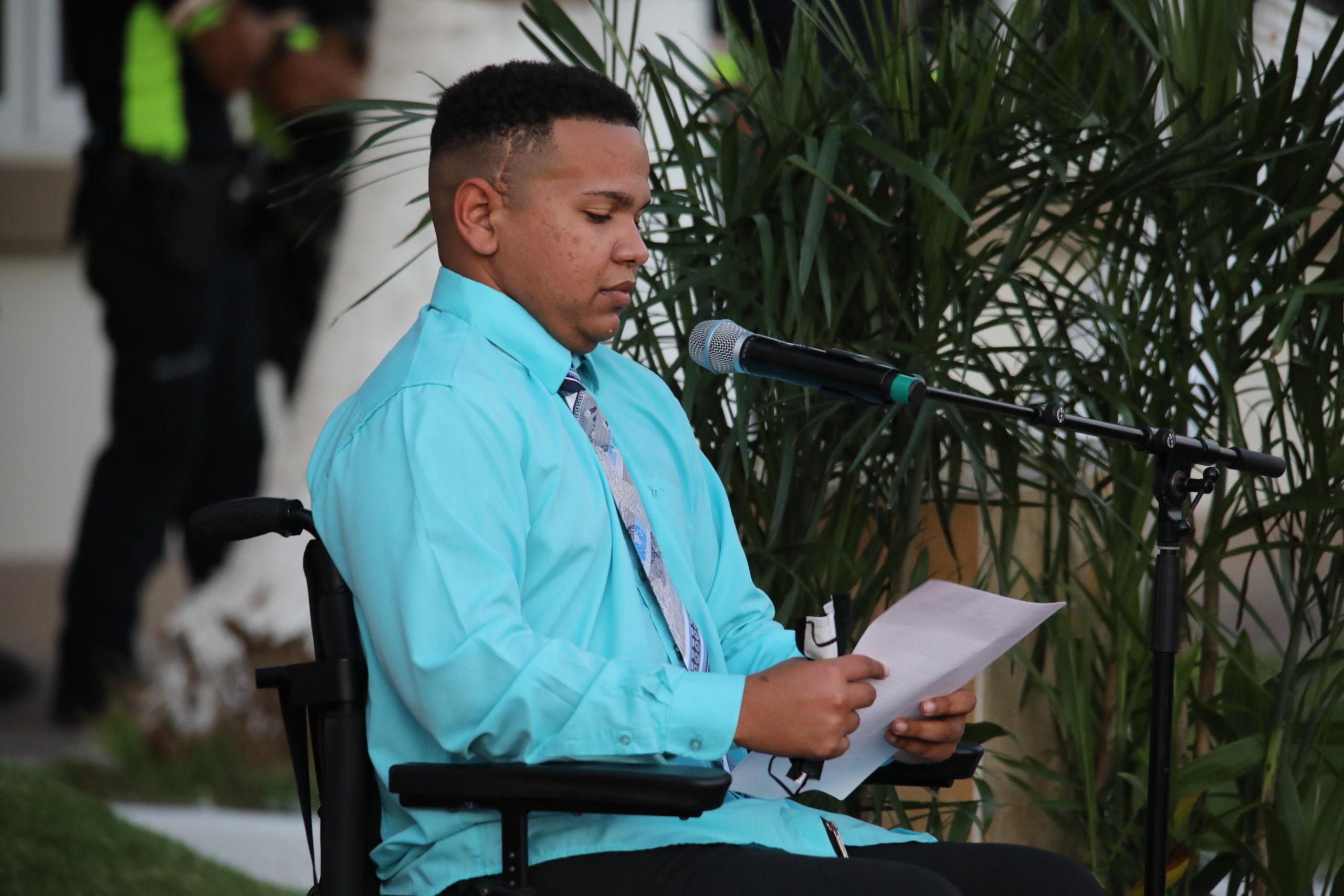 Rechenell Statie: Tur tin di yuda pa hiba Aruba dilanti