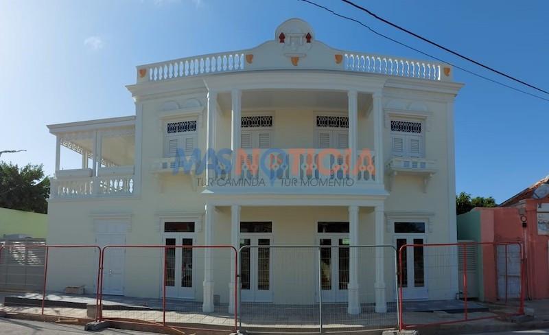 Restauracion di Ex Botica Aruba a finalisa